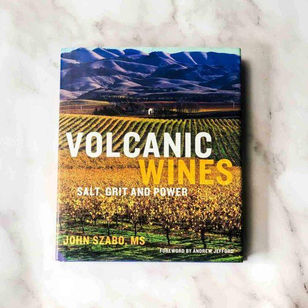 wijnboek volcanic wines